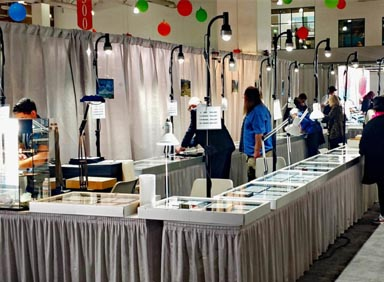trade show lighting at the Tucson AGTA show