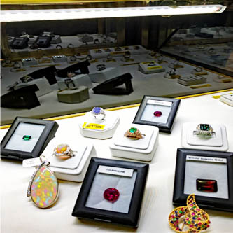 jewelry display case lights, jewelry lighting, led display case lights, show off lighting